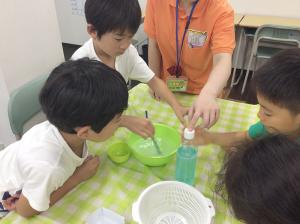 プログラム③理科実験 ~つかめる水~