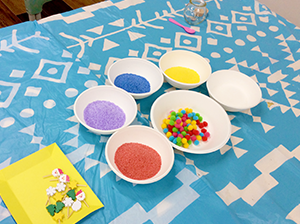放課後クラブ北浦和校 カラフルなキャンドルの材料 みているだけで楽しそうですね!