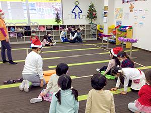 放課後クラブ北浦和校 クリスマスイベント みんなでゲーム1